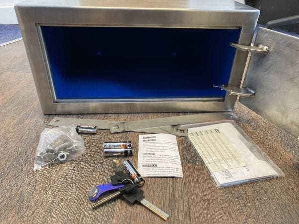 Marine Safe Open with Parts