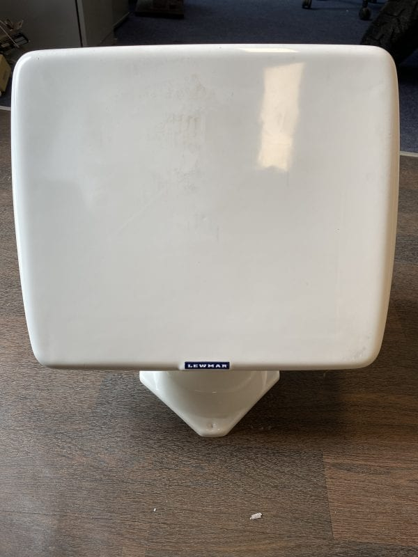 Lewmar Swivel Mount with cover
